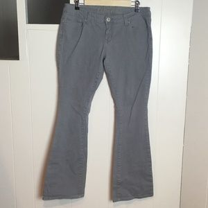 Rue21 Light Gray Flare Jeans, Size 11/12